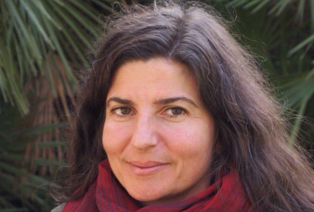 Lola Zapatero Rodríguez docente en El Olivo Psicoterapia Humanista