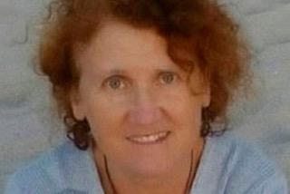 Rosa Mª Gaztelumendi González es miembro docente de El Olivo Psicoterapia Humanista